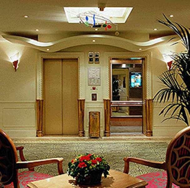 Mercure Lyon Centre Saxe Lafayette Hotel