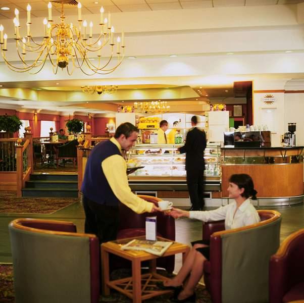 DoubleTree by Hilton Hotel Edinburgh Airport